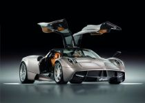 帕加尼Huayra起价105万欧元