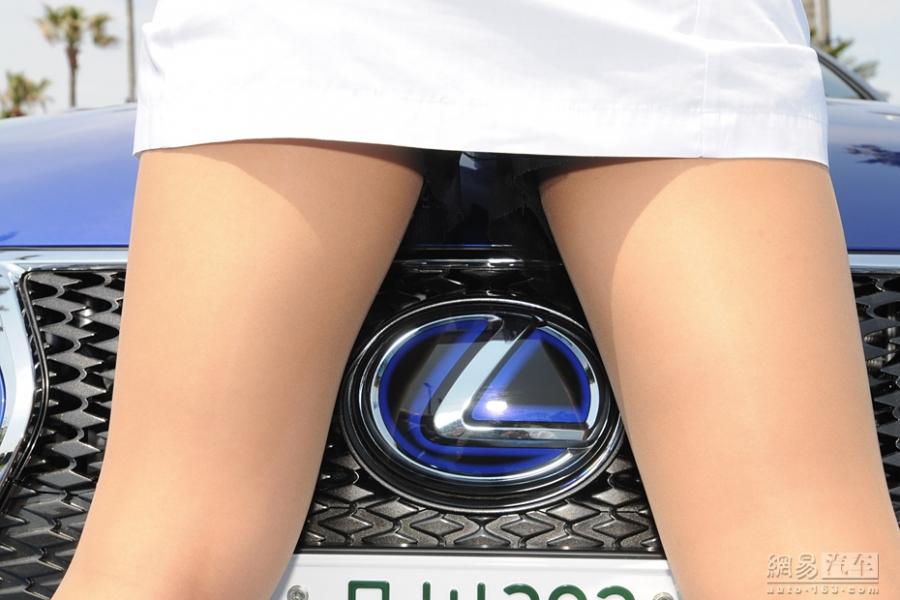 劲爆的汽车营销 日本女汽车医生的制服诱惑_1