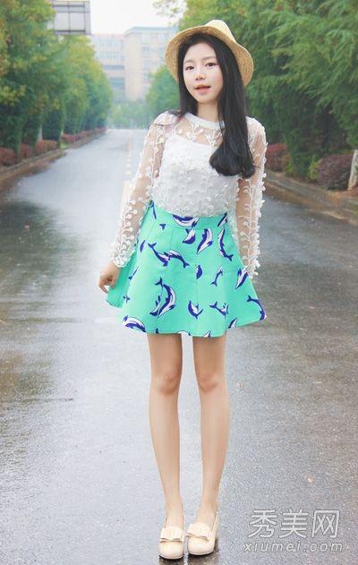 上衣 印花短裙 矮个女生显高搭配