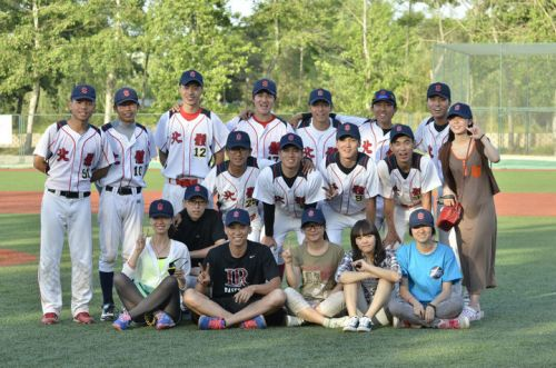 2013年北京 北京市大学生棒球联赛  赛后合影