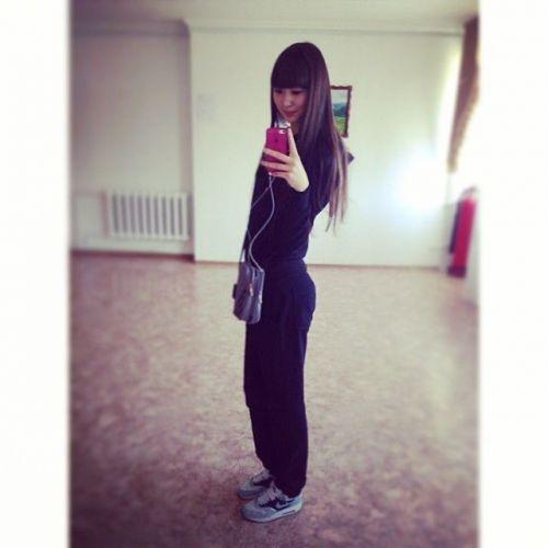 哈萨克女排队员一夜爆红 长腿美女惹人羡   亚洲青年女子排球