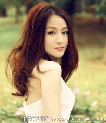 瓜子脸女生适合发型 打造精致清新小v脸(6)