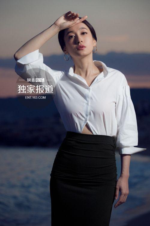 董维嘉戛纳拍写真大片 cosplay巩俐(组图)[1]