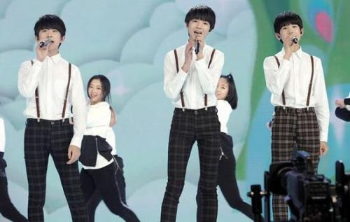 tfboys young 曲谱