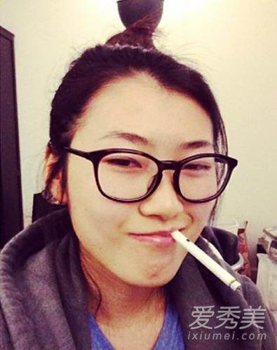 冯小刚24岁女儿近照曝光 相貌清秀爱搞怪