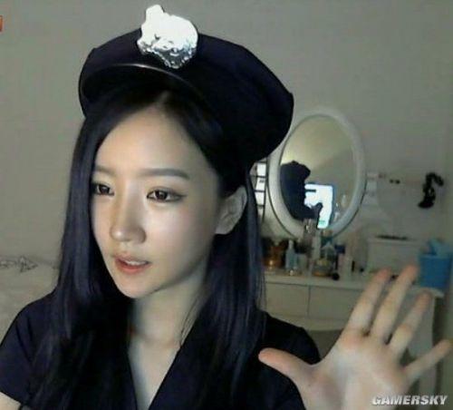 龙珠TV签约韩国女主播朴妮唛首播10分钟老公人气用情趣和我图片