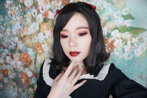 【小朦彩妆篇】哥特式娃娃妆!