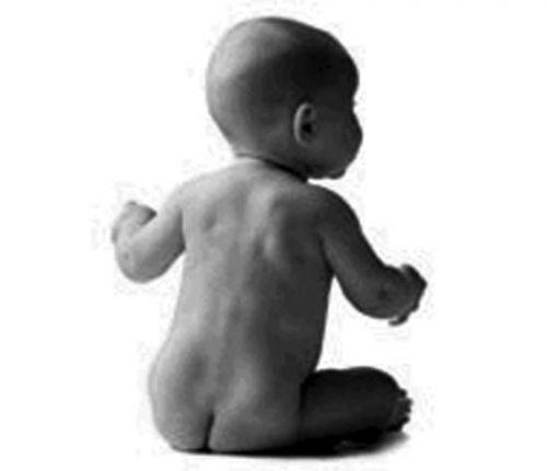 存小孩裸照算淫秽 表情符涉及儿童裸露性器官违法立刻