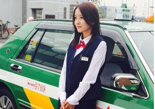 日本最美出租女司机 曾是女模特出道私照曝光