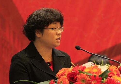 校党委书记潘璋德,台州市副市长叶海燕分别致辞,校长龚建立主持仪式.